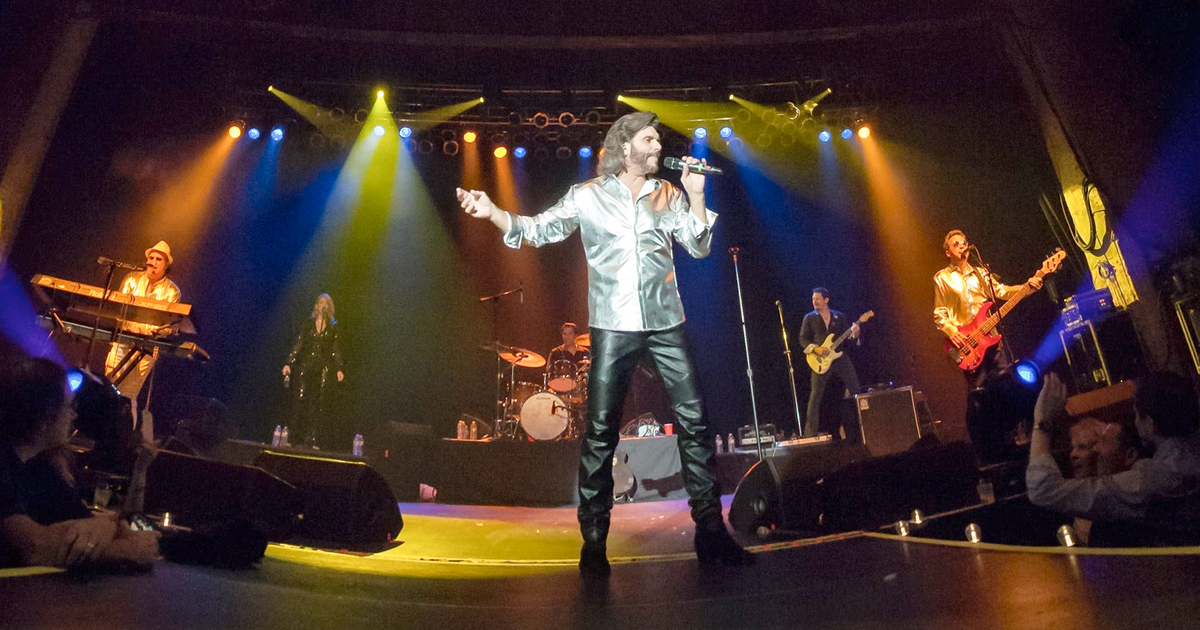 The Nassau Pops Symphony Orchestra with The New York Bee Gees